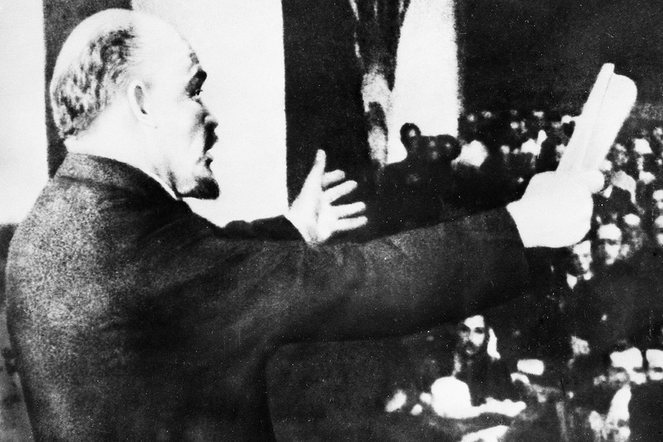 Ленин дал народу передышку - новую экономическую политику. Фото: Фотохроника ТАСС