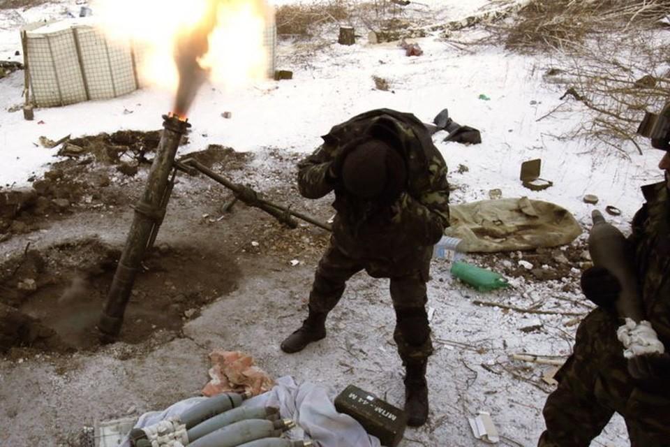 По селам ЛНР украинские военные стреляют из минометов. Фото: Пресс-центр штаба ООС