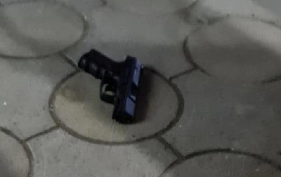 Пистолетом стрелок владел вплне легально.