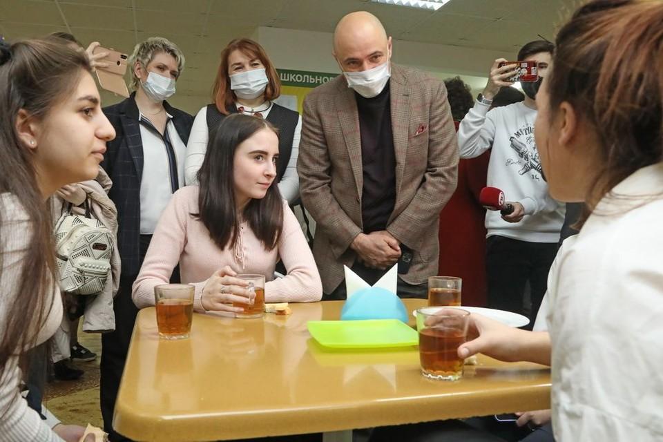 Дети недовольны питанием в школах Липецка