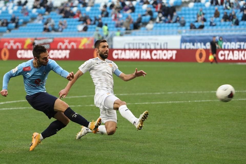 """В первом круге """"Крылья Советов"""" выиграли со счетом 2-0"""