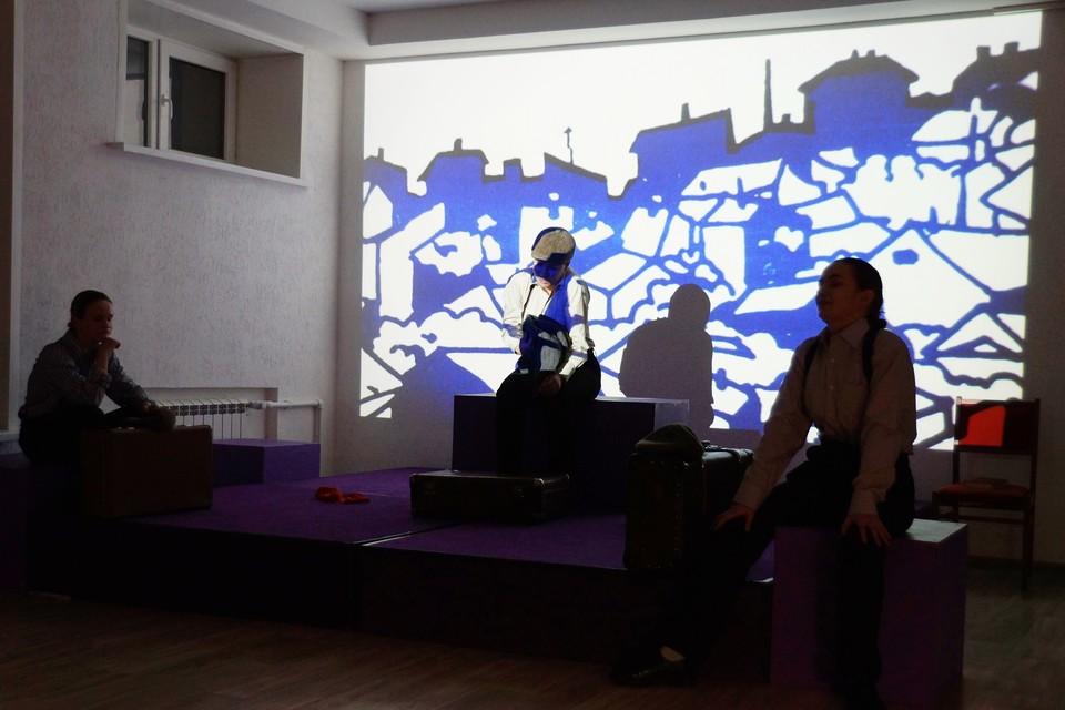 Липчан приглашают на спектакль «Этот синий апрель»