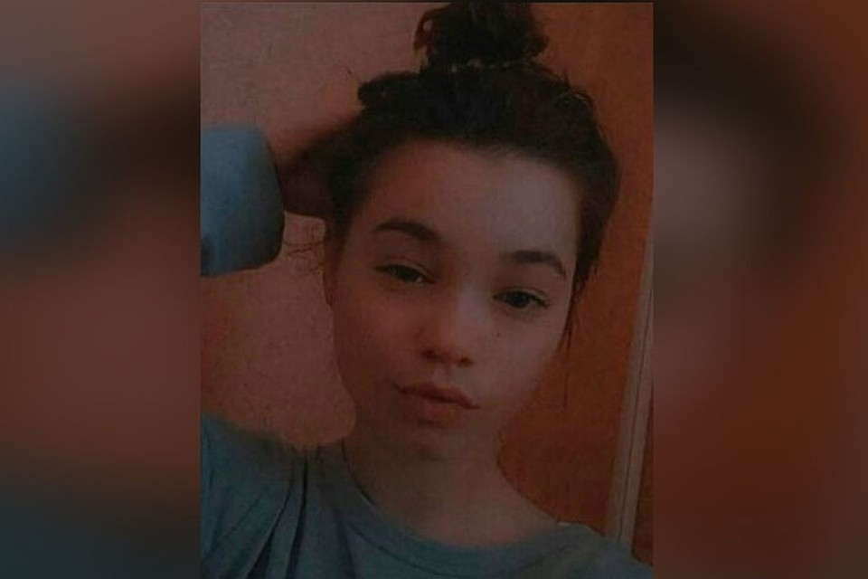 В Новосибирске ищут 16-летнюю Алену Белевцеву.