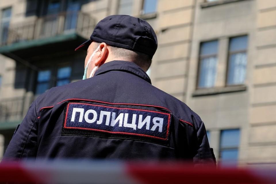 В Новосибирске эвакуировали мэрию и закрыли станции метро.