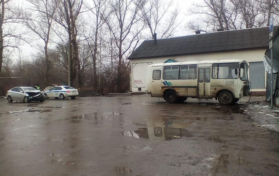 Инсульт у водителя автобуса стал причиной тройного ДТП в Туле