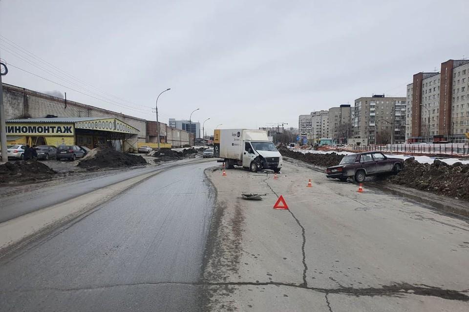 В Новосибирске пенсионер на «Ладе» врезался в грузовик. Фото: Госавтоинспекция по Новосибирску