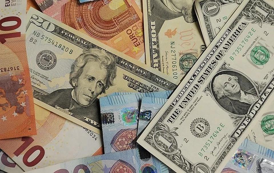 Курс доллара превысил 78 рублей впервые с 5 ноября 2020 года