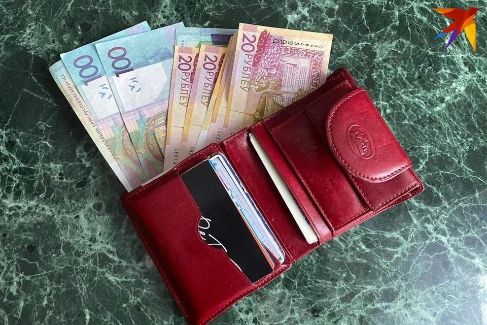 В Солигорске школьники украли у своего друга 360 рублей и прогуляли их в Минске