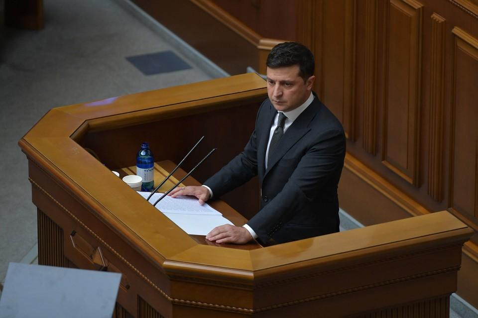 Владимир Зеленский прибыл в Донбасс и посетит позиции украинской армии