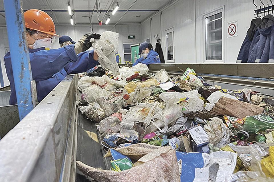 На КПО «Дон» работают 450 местных жителей. Фото: Игорь ФЕКЛИСТОВ