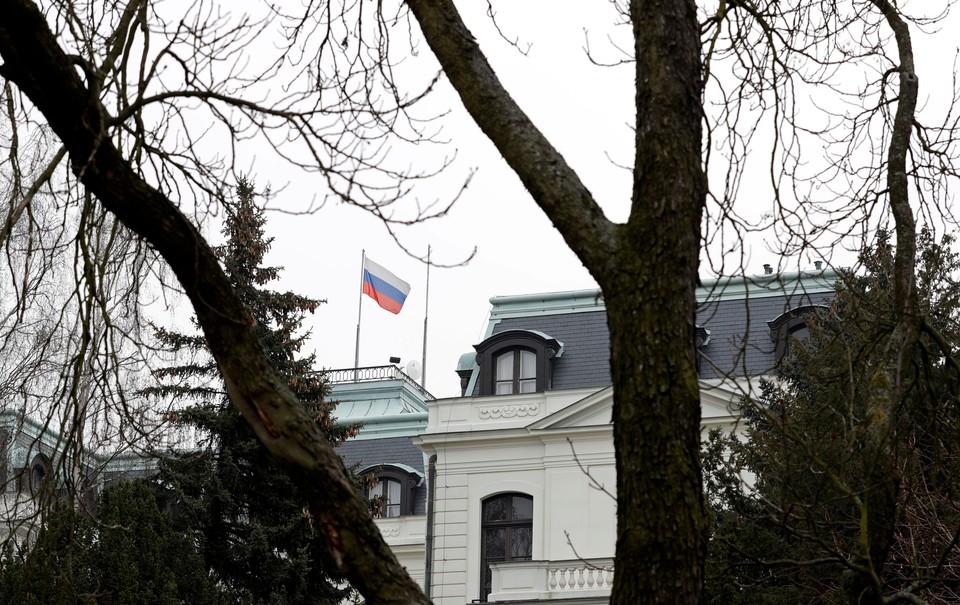Российское посольство в Праге вскоре покинут 18 сотрудников.