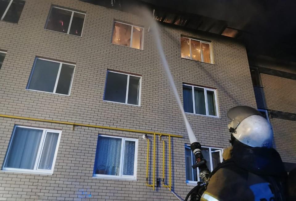 Число пострадавших при пожаре в Нижегородской области выросло до семи.