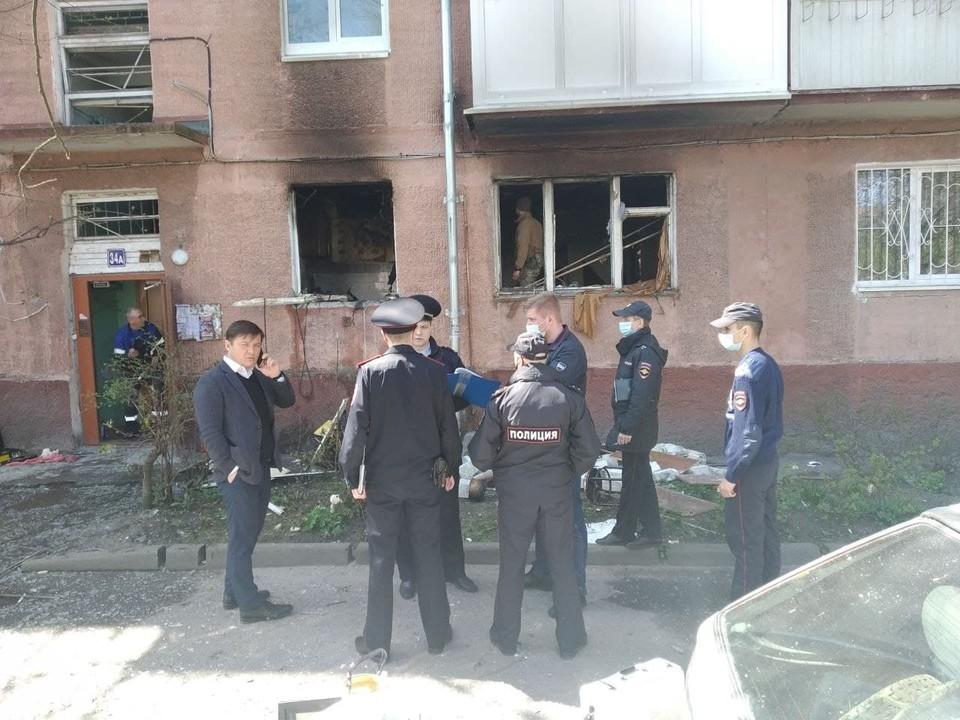 Из дома эвакуировали 30 человек.