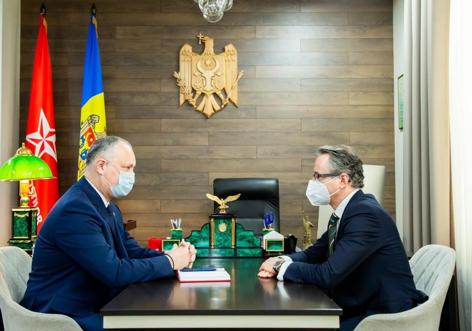 Игорь Додон провел рабочую встречу с главой Миссии ОБСЕ в Республике Молдова Клаусом Нойкирхом.