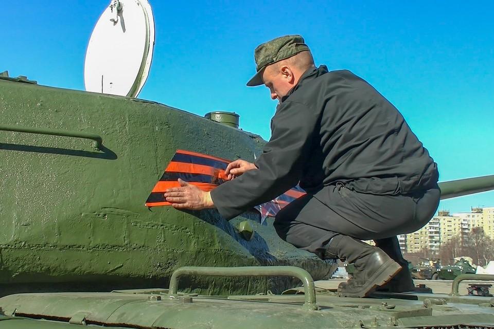 Всего в параде будет задействовано более 70 единиц военной техники. Фото: Северный флот