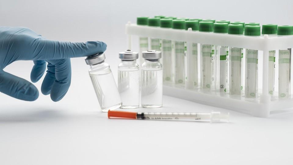 Вакцину от COVID-19 уже поставили 82 324 человек в Удмуртии