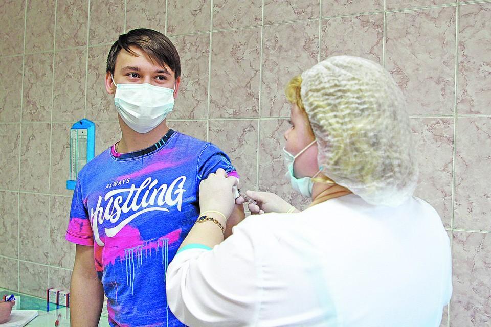Пункты вакцинации будут работать и на всех майских праздниках