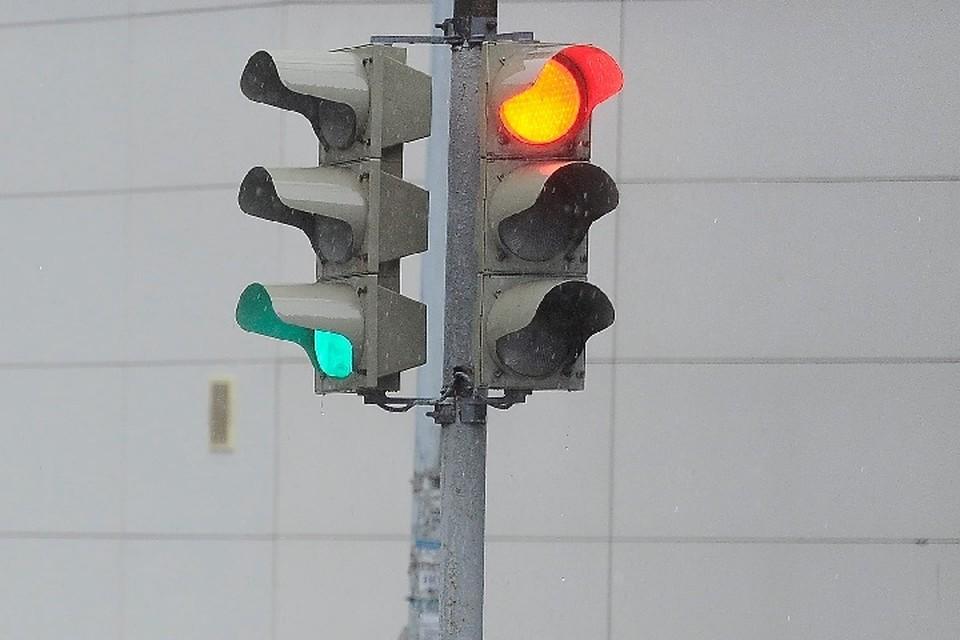 Также в городе отремонтируют 6,5 тысяч квадратных метров дорог, установят 300 дорожных знаков