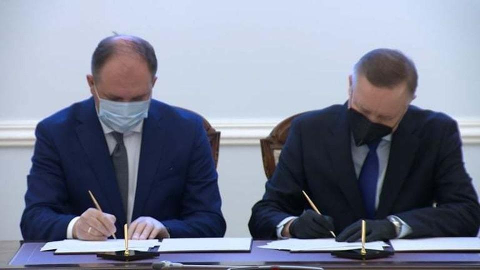 Мэр Кишинева Ион Чебан подписал с губернатором Санкт-Петербурга Александром Бегловым соглашение о сотрудничестве (Фото: соцсети).
