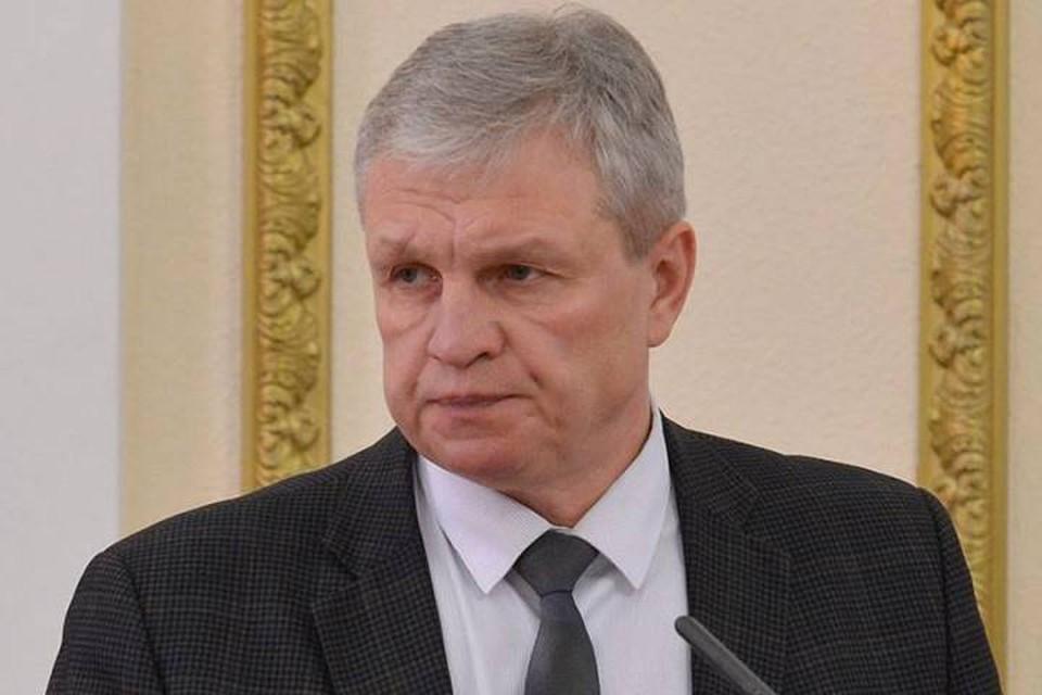 В Брянске суд отложил оглашение приговора бывшему главе ЖКХ Игорю Гинькину.