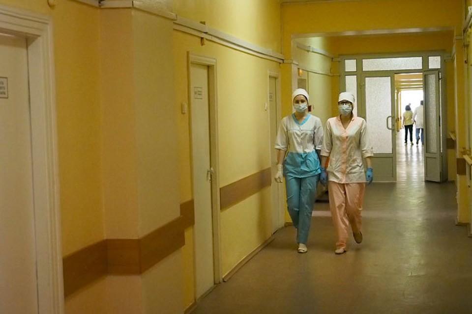Часть пострадавших перевезли в Бишкек и распределили по больницам.