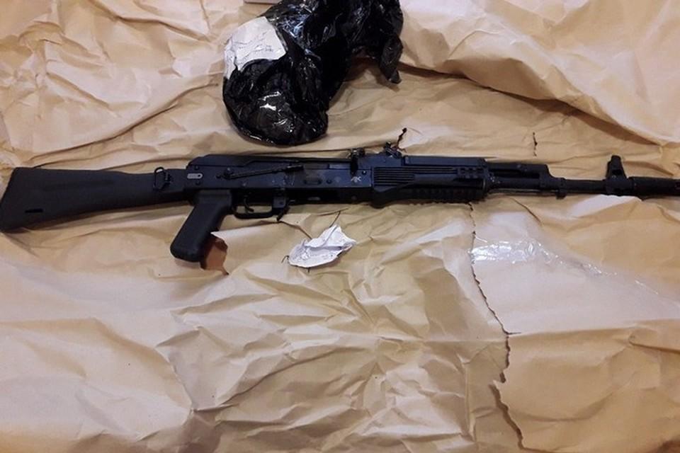 Житель Железногорска устроил в гараже подпольную оружейную мастерскую. Фото: пресс-служба полиции