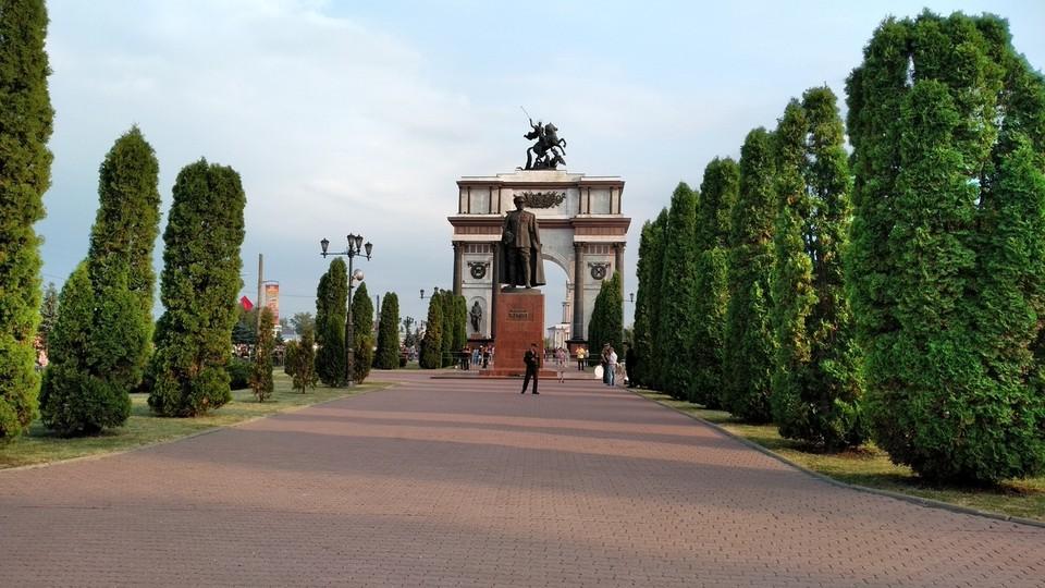 Курян приглашают присоединиться к акции «ОкнаПобеды2021»