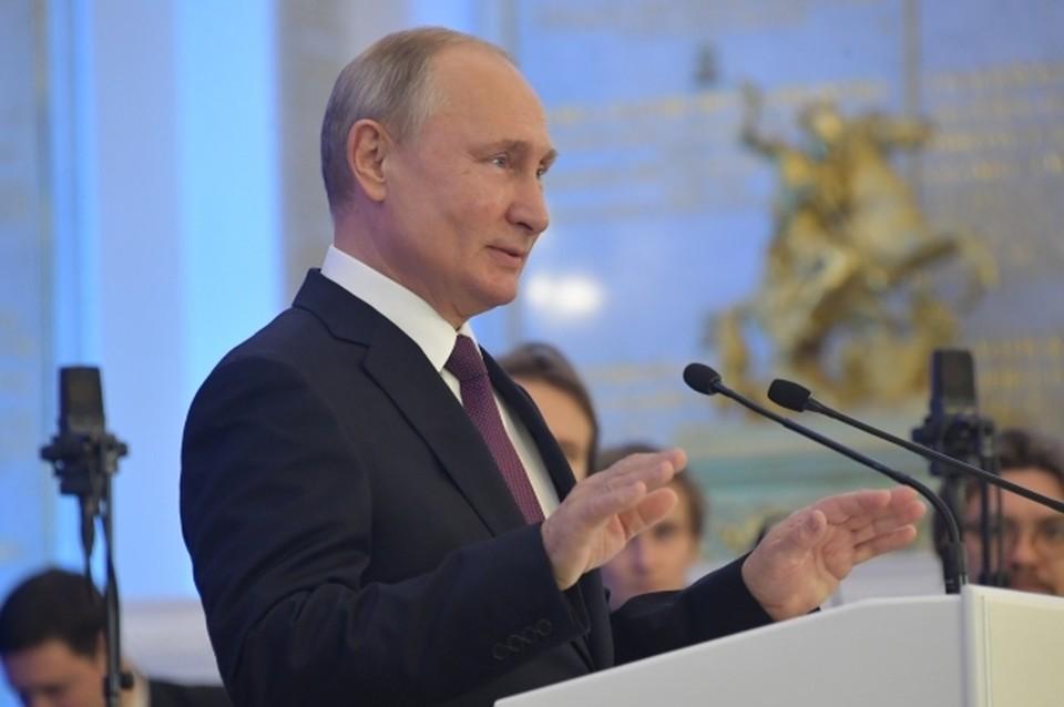 Встречи с руководством Минобороны Владимир Путин проводит два раза в год