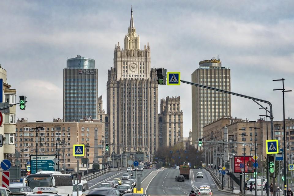 Россия запретила въезд восьмерым гражданам стран ЕС.