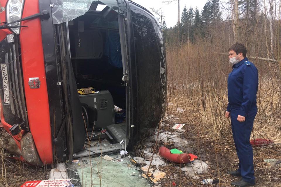 Четверо пассажиров получили тяжелые травмы