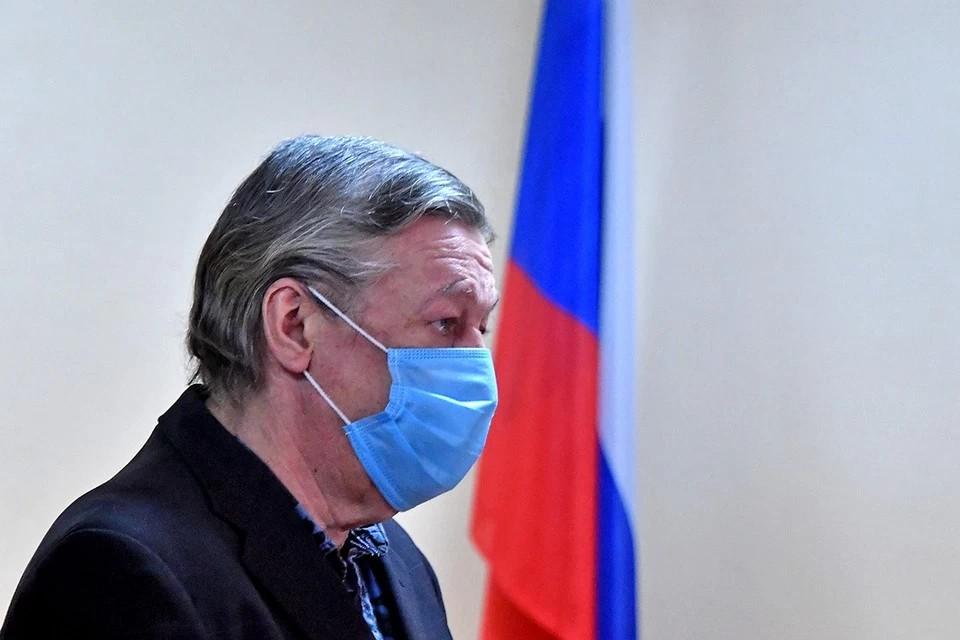 Михаил Ефремов рассказал, что доставляет ему удовольствие в колонии