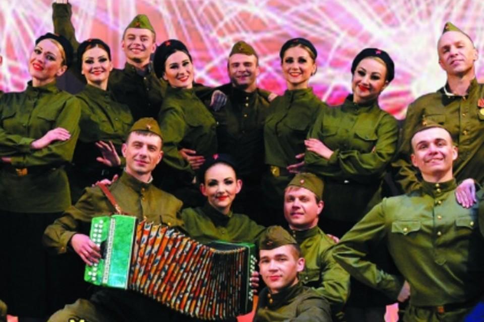 Артисты «Донбасса» исполнят популярные композиции на военную тематику. Фото: vk.com/mincult_dnr