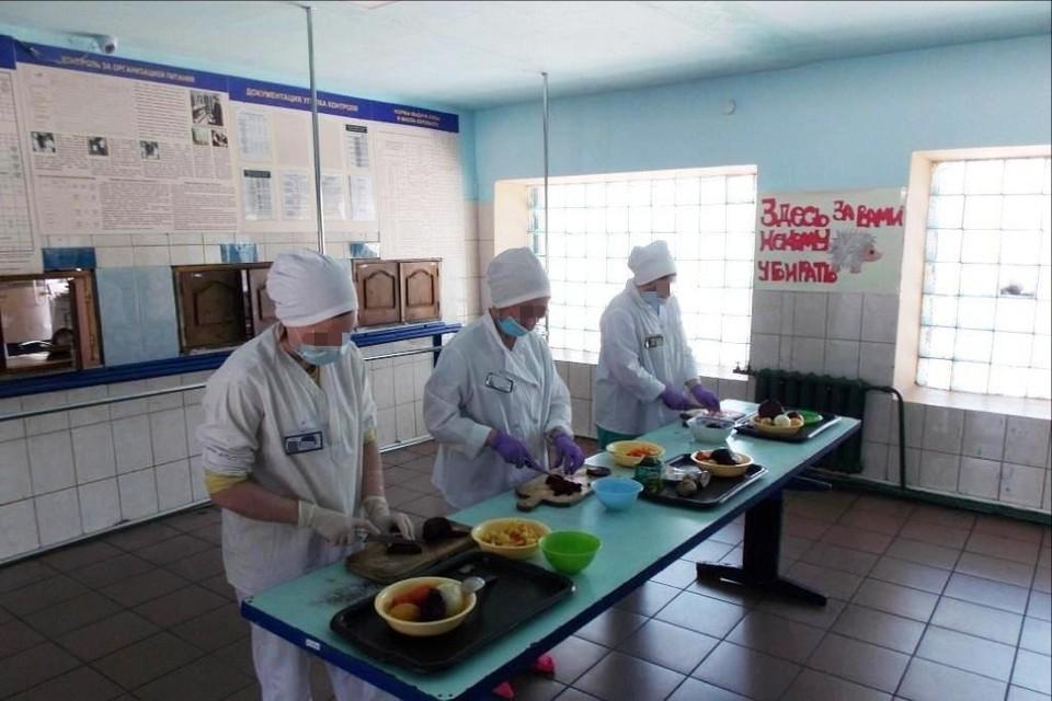 Участников и проделанную ими работу жюри оценивало по семи показателям. Фото: УФСИН по Мурманской области