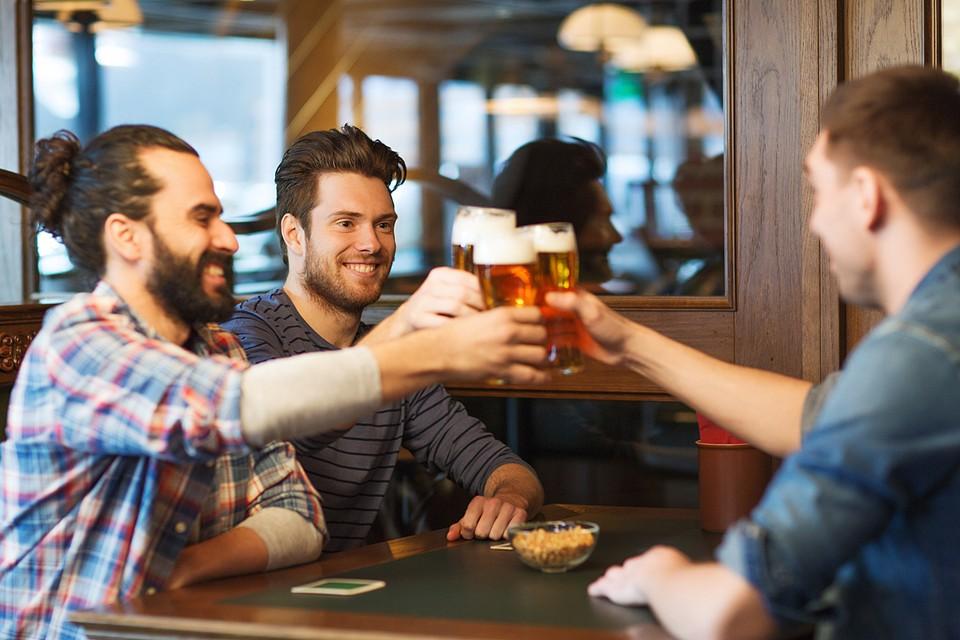 Главный способ борьбы со стрессом в нашей стране - общение с друзьями