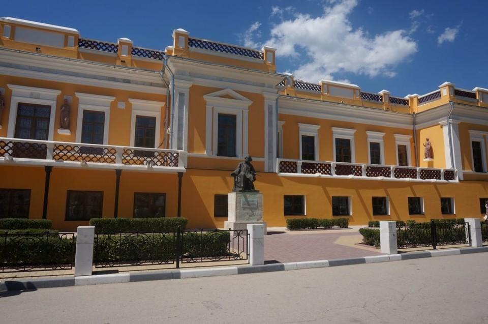 В Феодосийской картинной галерея имени И.К. Айвазовского началась масштабная реконструкция