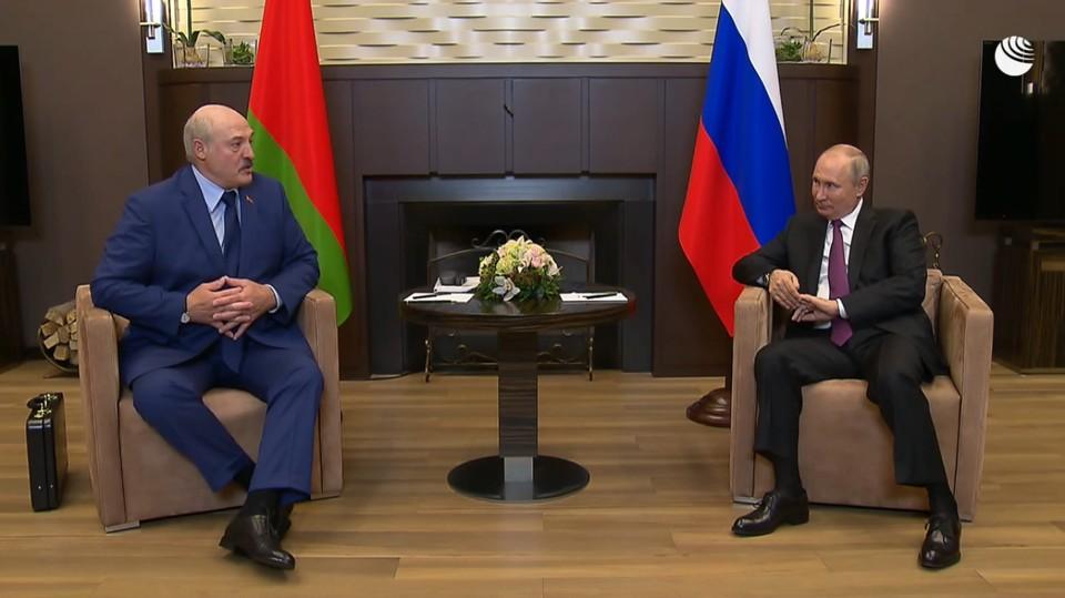 Лукашенко и Путин встретились в Сочи. Фото: скриншот видео РИА-Новости