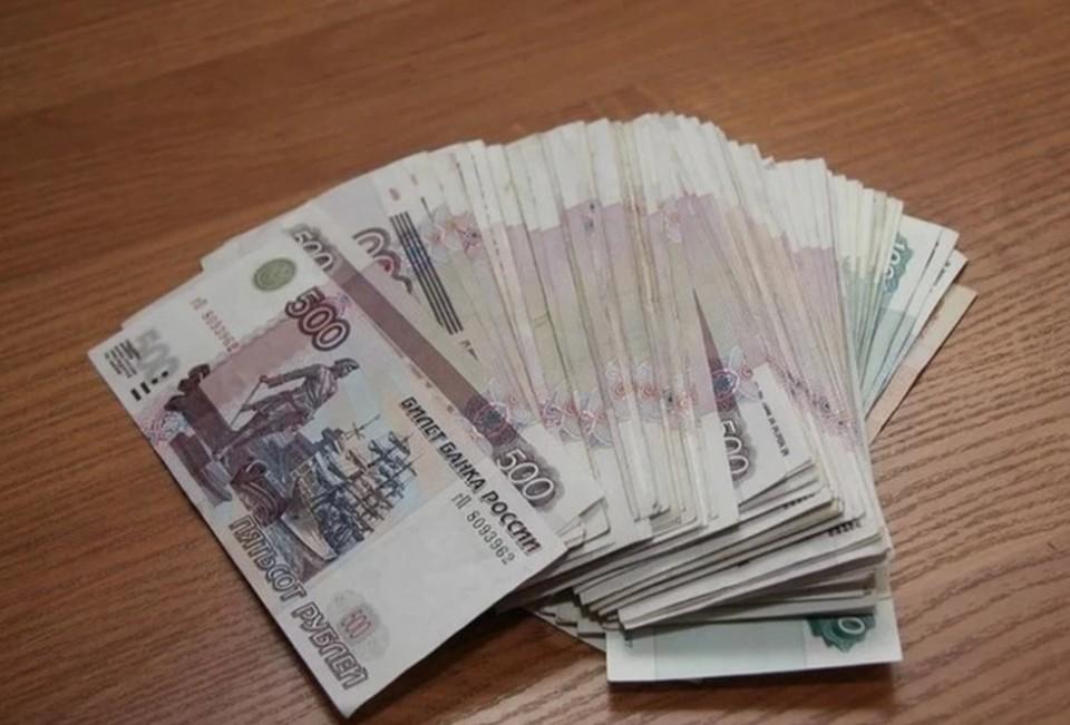 Впрочем, всем ректорам далеко до президента АлтГУ Сергея Землюкова, который задекларировал примерно 6,695 млн рублей