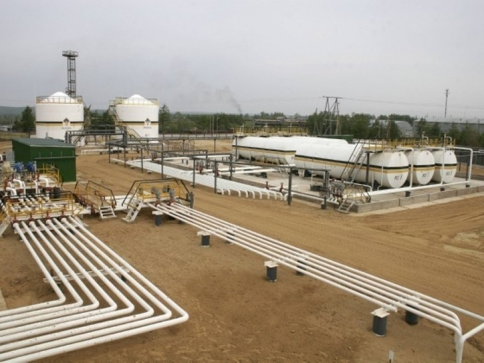 Передача активов сахалинского нефтегазового предприятия, а также ряда других аналогичных компаний стала частью сделки по приобретению «Роснефтью» у ННК крупнейшего месторождения – Пайяхского