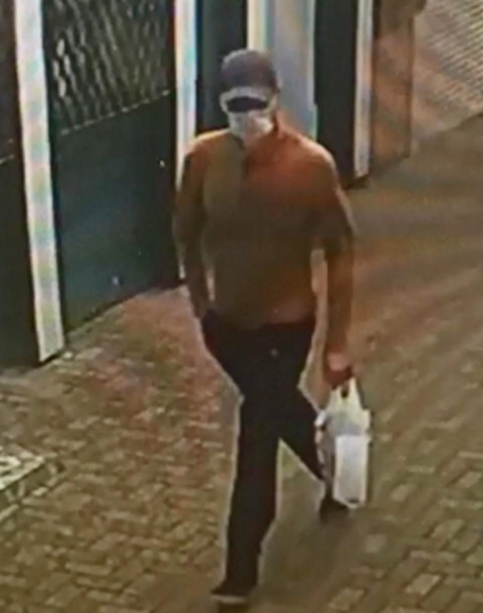 Преступник попал в объектив видеокамеры