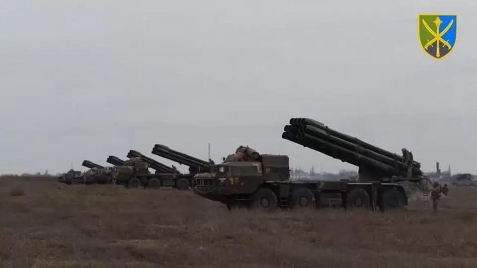 В последнее время Киев активизировал проведение учений в Херсонскойобласти.