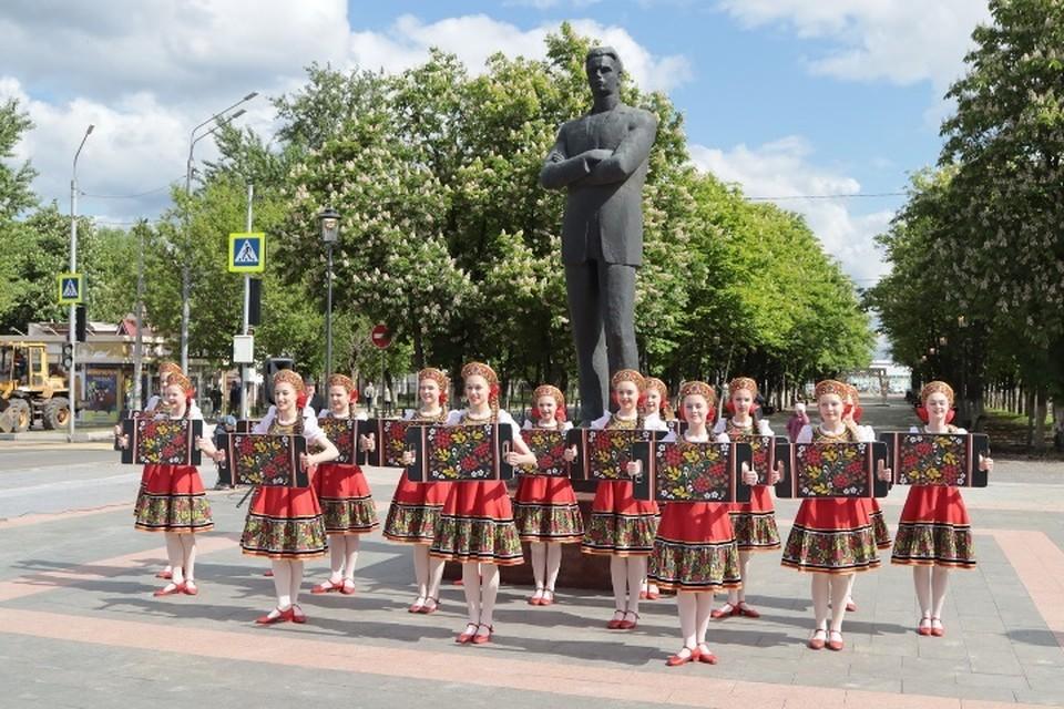 В Фокинском районе Брянска 1 июня после ремонта открыли сквер имени Игната Фокина.