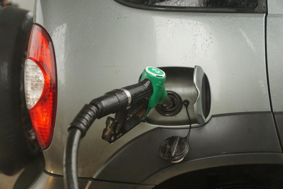 Волгоградцу не удалось оплатить бензин QR-кодом и получит двойные баллы