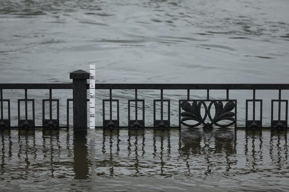 В Красноярске объявили режим угрозы ЧС в связи с повышением уровня воды в Енисее