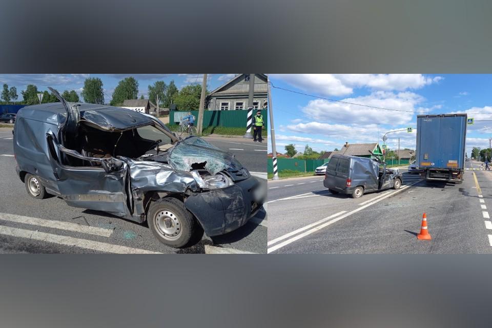 В Тверской области нетрезвый водитель врезался в фуру, в его машине погибла пассажирка. Фото: пресс-служба ГИБДД по Тверской области.