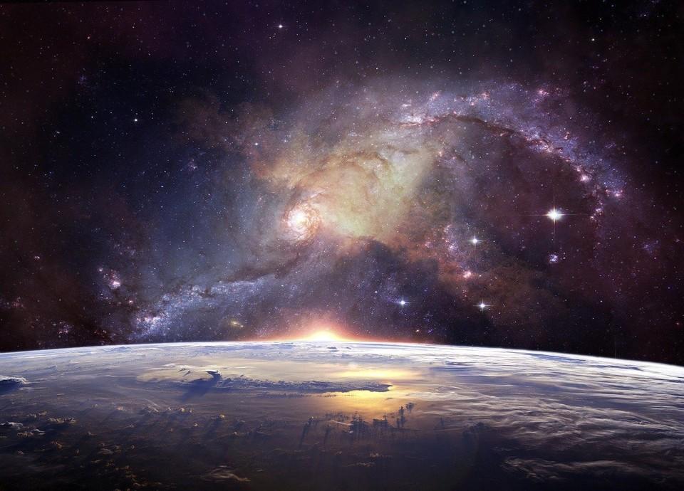 Тюменские школьники написали сочинения о покорении космоса