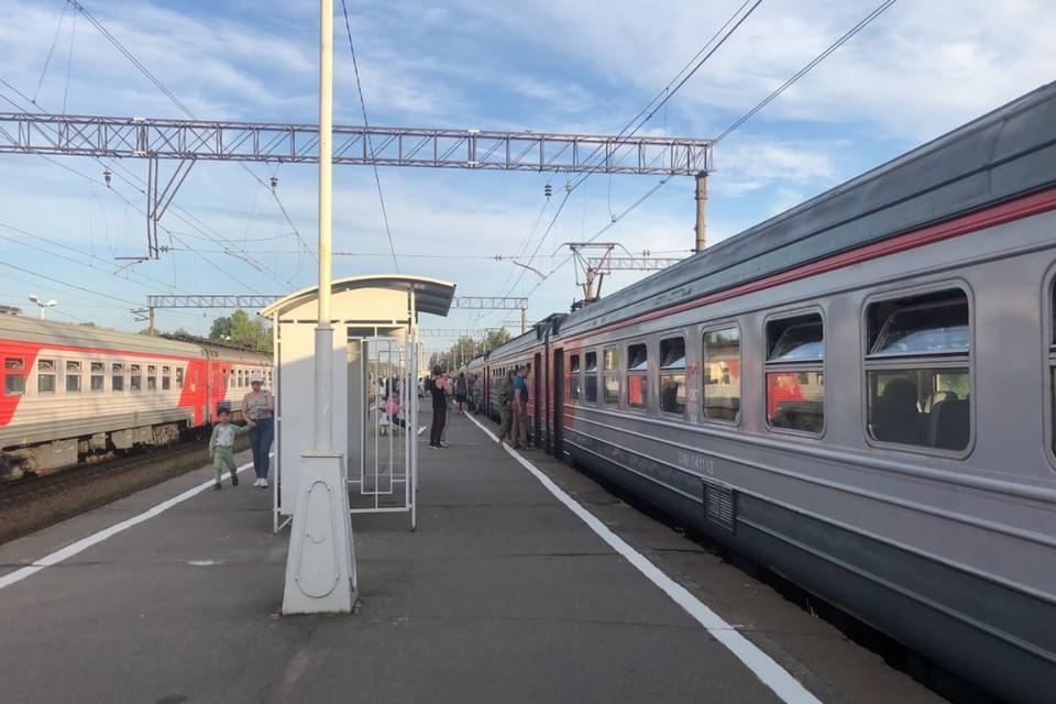 Петербуржцы жалуются на остановку электричек от Сосново.