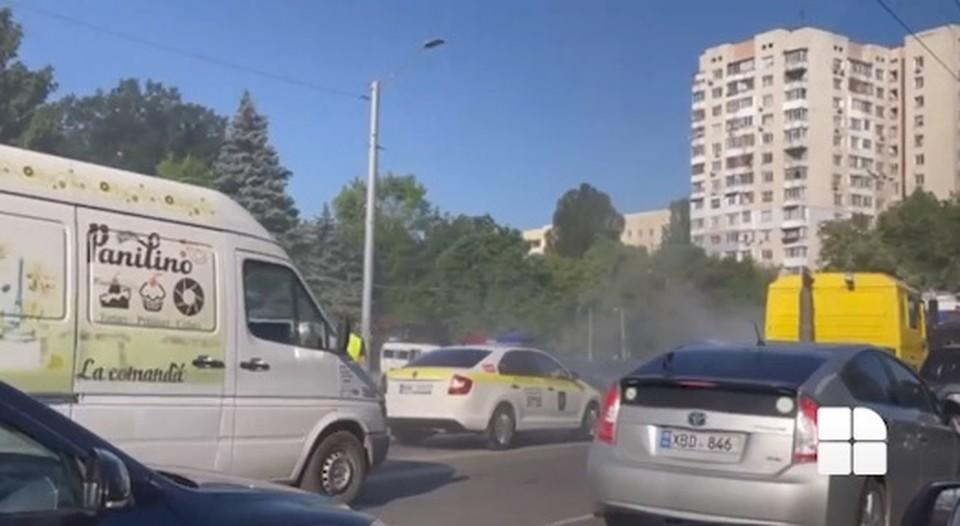 Пламя сбили еще до приезда спасателей (Фото: скрин с видео).