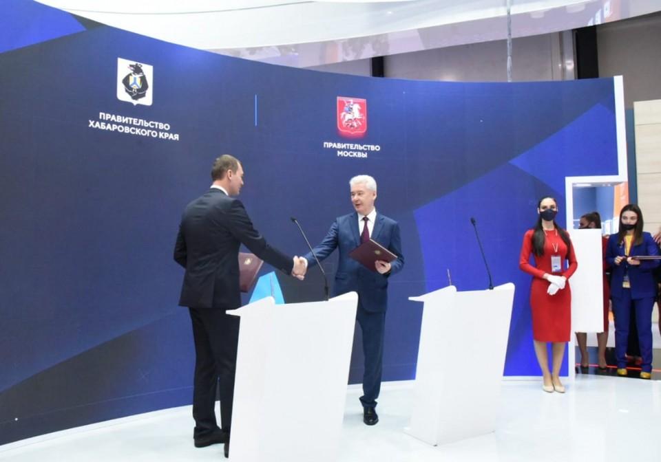 Решающую роль во внедрении в регионе карты «Тройка» сыграли рабочие отношения Михаила Дегтярева с мэром Москвы Сергеем Собяниным.