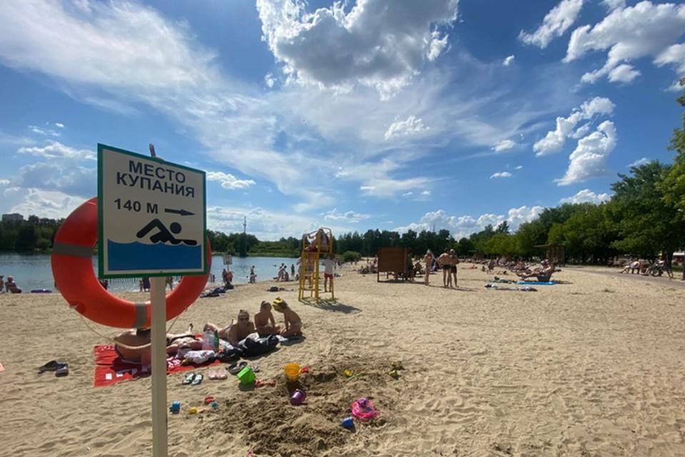 Мы прошлись по официальным местам, открытым для купания в Нижнем Новгороде.