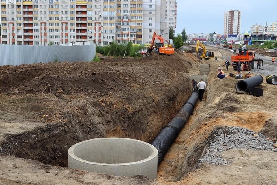 В Брянске в 2021 году на восьми улицах построят ливневую канализацию.
